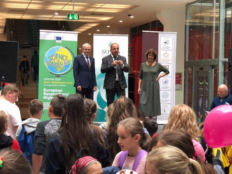 12.ročnik Noc vyskumnikov v Europe Shopping center. 28.september,2018 Banska Bystrica.